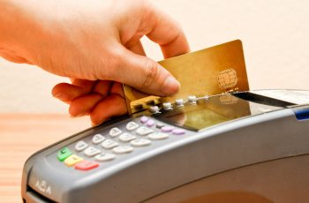 payment machine and Credit card in supermarketpayment machine and Credit card in supermarket